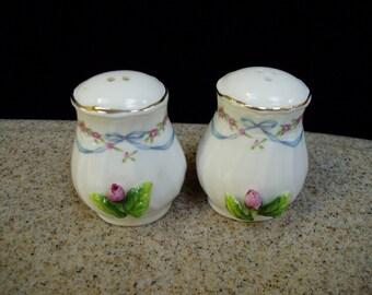 Vintage Decorative Porcelain Salt and Pepper Shakers