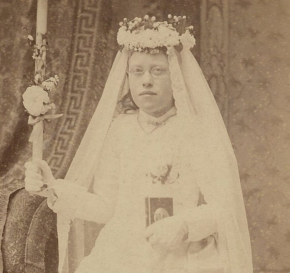 Antique Cabinet Card Homely Girl First Holy Communion