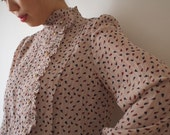 HOLD-Order for SH. Pale salmon vintage dress with ruffled neck, Japan