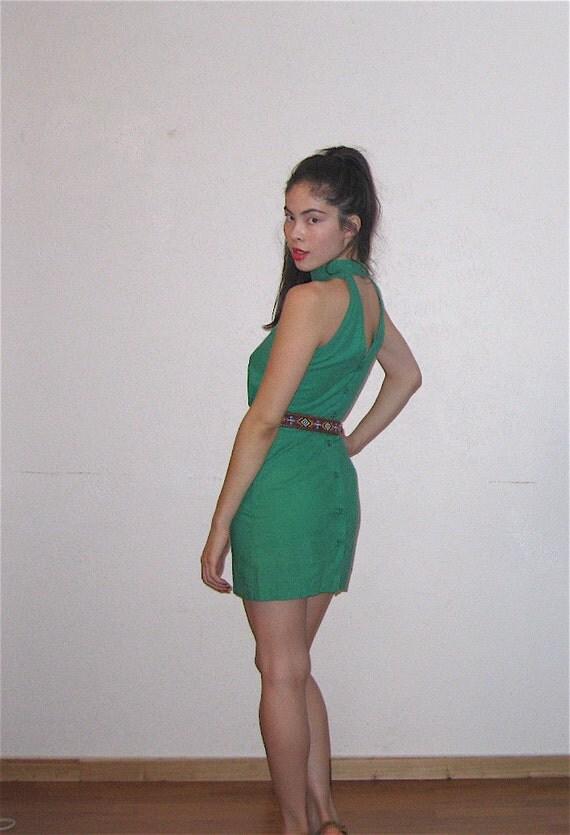 Vintage Kelly Green Sleeveless Turtleneck Mini Dress