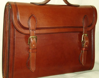 Electronic Notebook/Portfolio Style Briefcase