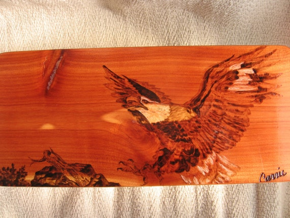 Wooden keepsake box-Bald Eagle. A small hinged rustic wood box made of cedar wood. A woodburned personalized memory box or mens jewelry box