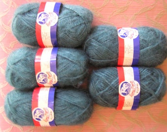 DISCONTINUED Lana Moro 'Flurri' Yarn - 5 Skeins Color 213 'Teal' FREE SHIPPING