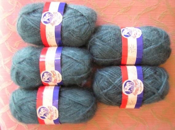 Clearance Knitting Supplies from hrmecys.ga - Knitting Yarn, Books, Tools, and Kits on Sale.