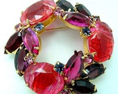 Vintage Juliana Style Art Glass Brooch Pink Purple and Violet Cabochon and Rhinestone