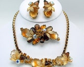 Vintage Juliana 3pc Set or FULL PARURE Rhinestone And Molded or Carved Glass Roses And Gold Tone Leaves