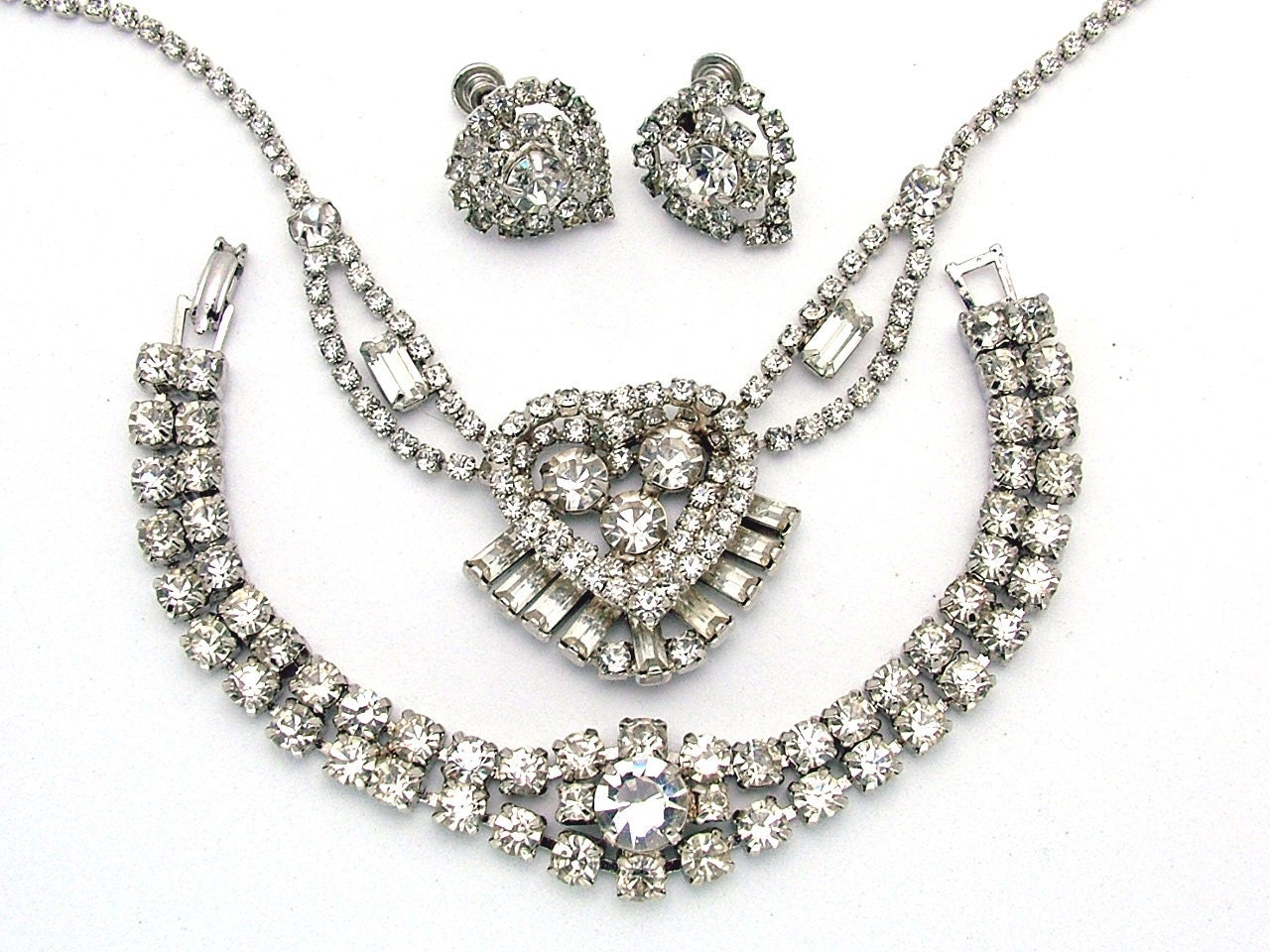 Authentic Vintage Jewelry: Antique, Estate Jewelry