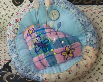 pin cushion, handstitched, country, handmade, quilted, one of a kind, hat pins, stick pins,blues, plaids, buttons