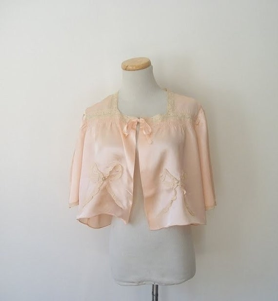 Vintage 40s Bow Tied Rayon Bed Jacket