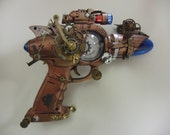 Wellus House Spontaneous Combustion Ray Gun prototype