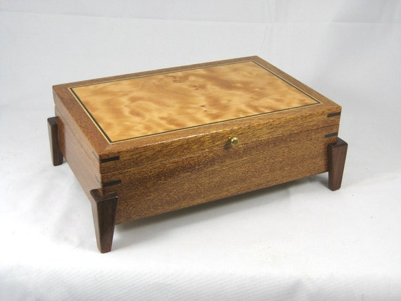 keepsake box mens valet box wooden Mahogany with Quilted Maple