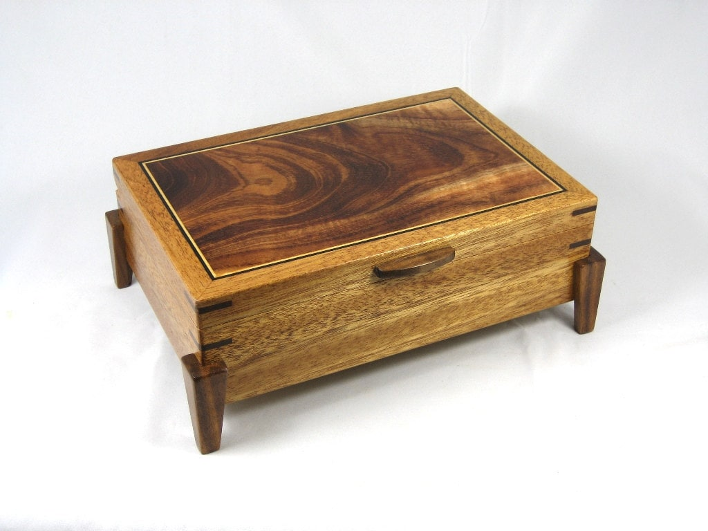 Wooden Keepsake Box Mens Valet Box Mahogany With Hawaiian