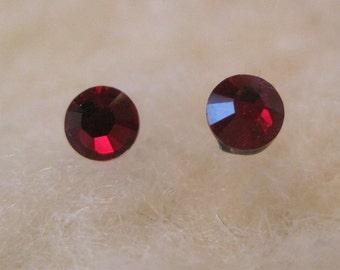 """Niobium or Surgical Steel Stud Earrings - """"Siam 3.9mm"""" (Hypoallergenic Earrings for Sensitive Ears // Nickel Free Post Earrings)"""