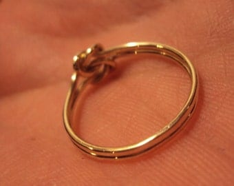 SALE, 10k solid gold, Jewelry, ring, gold knot ring, knot ring, solid one piece band, available sizes 3 - 9 at this price