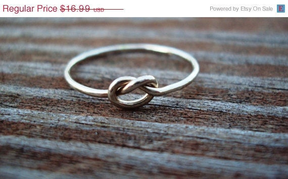 set of 2,  Etsy jewery, 14kt WHITE gold filled, ring, knot ring, celtic ring, love knot, any size, 18g, friendship