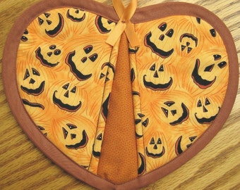 Quilted Potholder Heart Pumpkins Handmade Cotton Fabric Trivet Pot Holder Quilted For Her Mom Gift Housewarming Gift 2 Set