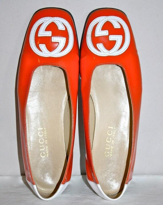 Authentic GUCCI Vintage Patent Leather Organge Logo Ballet Flats Sz7