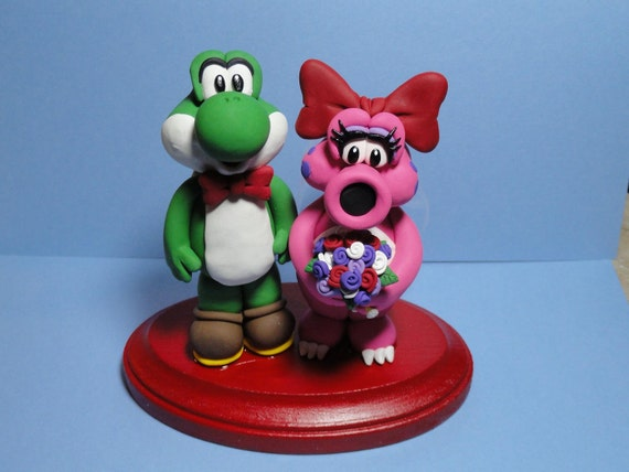 Is birdo Yoshi s girlfriend