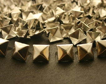 100 pcs. Silver Pyramid Studs Rivets Punk Rock Decorations Findings 11 mm. CKSPN11