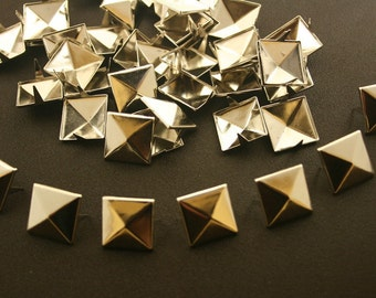 50 pcs. Silver Tone Pyramid Prongs Studs Rivets Decorations Findings 15 mm. PS N15 K
