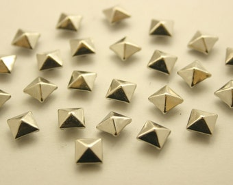 100 pcs. Silver Tone Pyramid Metal Studs Rivets Button 6 mm. KRPN6