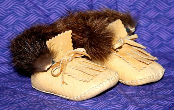 Infant Buckskin Leather Moccasins with Martin Fur Trim