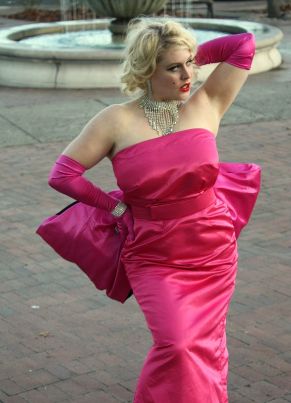 Marilyn Monroe S Pink Silk Satin Diamonds Are A By