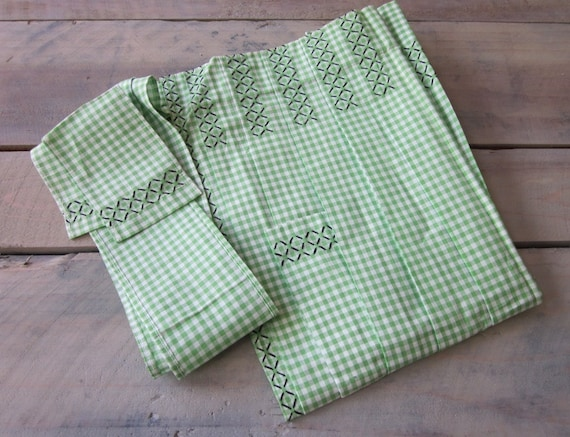 Vintage Green and White Gingham Apron with Black Trim