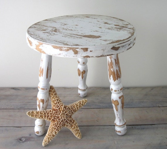 shabby chic white wood foot stool. Black Bedroom Furniture Sets. Home Design Ideas