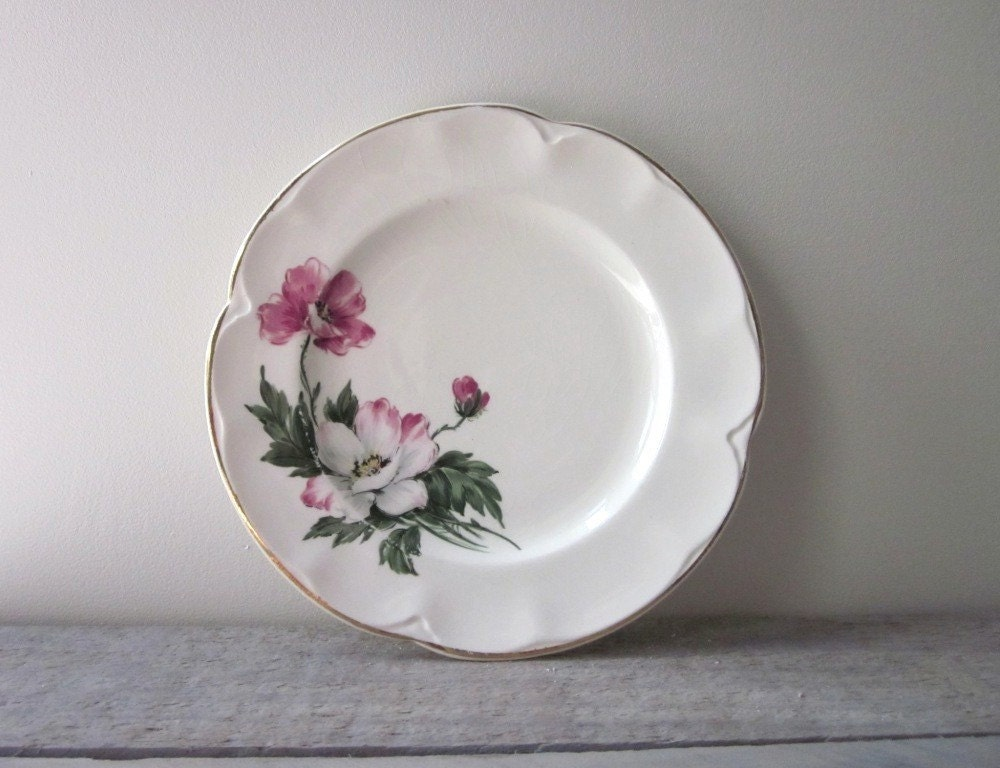 small shabby chic china plate. Black Bedroom Furniture Sets. Home Design Ideas