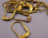 30 PCS. Plain Lever Back Earrings. No Loop. Vintage Brass. Earring Findings.