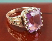 Antique Victorian Vintage Amethyst Emerald Cut 14K Yellow Gold Ring, Womans Ladies. Circa 1880s 19th Century Engagement Wedding Band