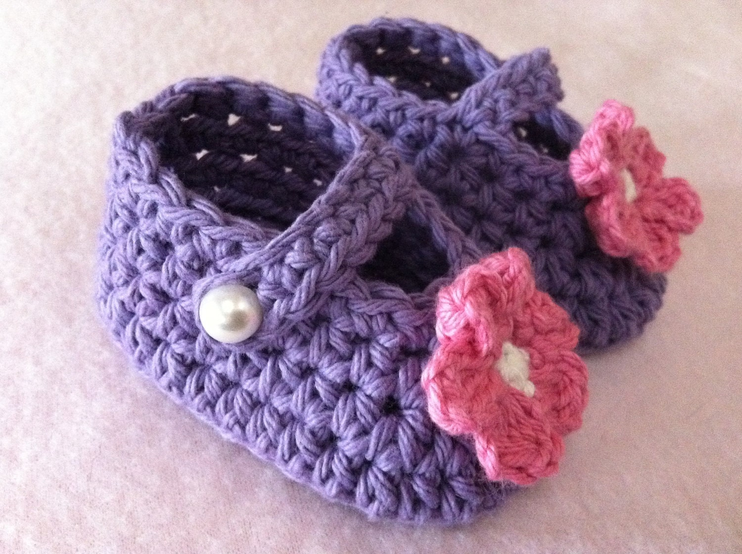 Baby Crochet Pattern Hat and Bootie Set in Newborn and Baby