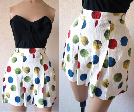 ON SALE --- was 70 --- Perfect 1950s Vintage High Waist Pin Up Shorts - Excellent Condition