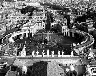 Piazza San Pietro St Peters Square Vatican Rome Italy black and white