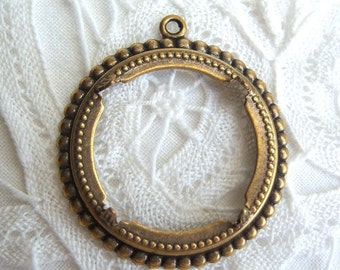 2 -Antique brass 25mm round beaded edge pronged setting - SS193