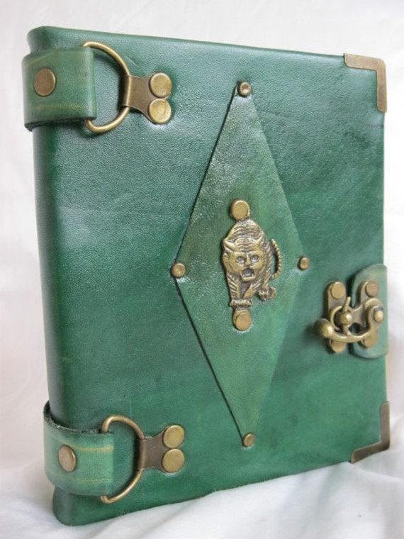 Handmade tiger green leather journal notebook sketchbook