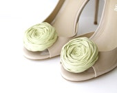 Rosette Shoe Clips Tea Green Bridal Party Bridesmaid and Beyond Silk Flower Shoe Clips with Bluette Clips Ready to Ship 2.25 inches - Brydferth