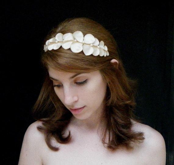 Grecian Wedding Hairstyles: Bridal Hair Accessory, Grecian