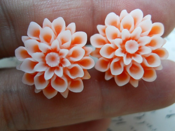 Flower Plugs-Orange Mums-Pick Your Own Size Up To A 1/2g (12mm)