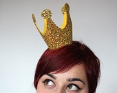 SALE - Gold Mini Crown, Glitter, Queen of Hearts - Christmas In July CIJ