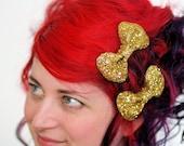 SALE - Gold Bow Clips, Glitter, Hair Accessories, Cute Kawaii Bows - Christmas In July CIJ