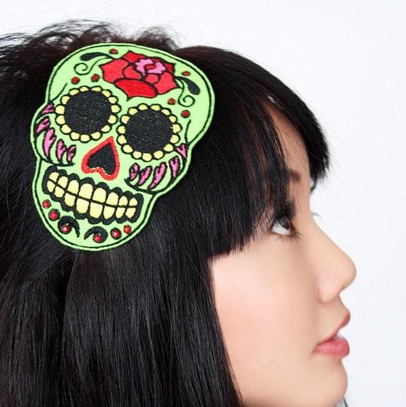 Sugar skull headband Dia de los muertos, in green with red rhinestones- Black FRiday Cyber Monday
