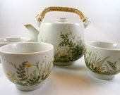 OMC/Otagiri Teapot and Cups with White and Yellow Daisies