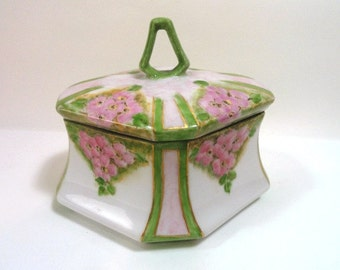 Vintage Trinket Covered Box Hand Painted M.Z. Austria//Keepsake Dish