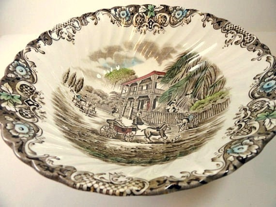 Heritage Hall Vegetable Bowl by Johnson Brothers, Staffordshire England