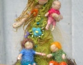 Needle Felted Earthy Mother with Her Children - Beautiful OOAK gift for Mothers, Original design by Borbala Arvai