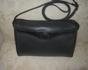 Vintage Liz Claiborne Black Leather Trim Shoulderbag Retro Preppy