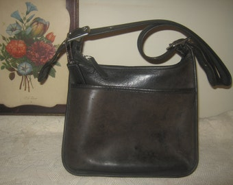Vintage Coach Black Janice Legacy Shoulderbag Rustic Shabby Retro Worn Handbag Purse/FREE Handbag Dust Cover Included