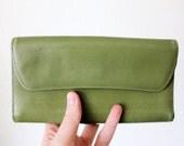 Vintage 60's Apple Green Leather Wallet